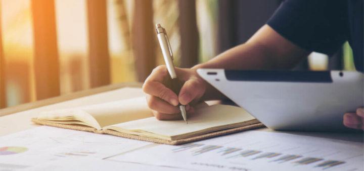 Dobry biznesplan w oparciu o strategię marketingową, plan finansowy, harmonogram i konkurencję